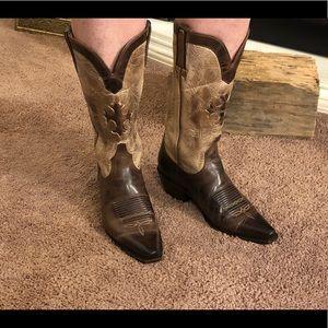 Like new Nocona Boots